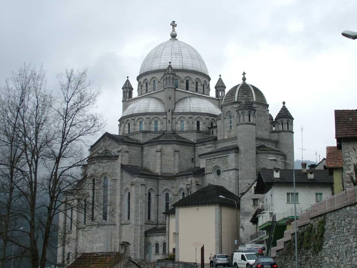Re_Kirche